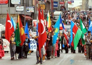 Türk dünyasının uşaqları  İstanbuldadır
