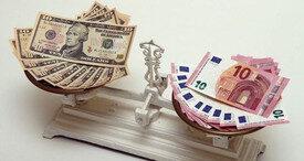"""""""Bloomberg"""": Gələn il avro dollar qarşısında 4%-dən çox bahalaşacaq"""