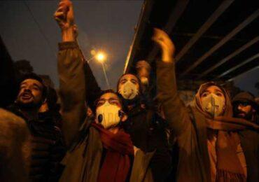 İranda anım mərasimləri rejimə qarşı etiraz aksiyalarına dönüb