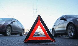 Yol-nəqliyyat qəzasında 3 avtomobil toqquşub