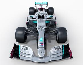 """""""Formula 1"""": """"Mercedes"""" yeni bolidinin görüntüsünü yayıb"""