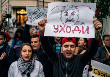 Belarus polisi və jurnalistləri istefa verərək xalqa qoşulur
