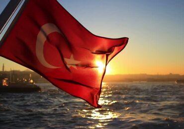 """""""Türkün bayrağı"""" və """"Lalələr"""" mahnıları haqqında bildiklərimiz və bilmədiklərimiz..."""