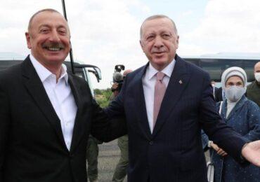 İlham Əliyev Türkiyə Prezidenti Rəcəb Tayyib Ərdoğanı qarşılayıb - VİDEO