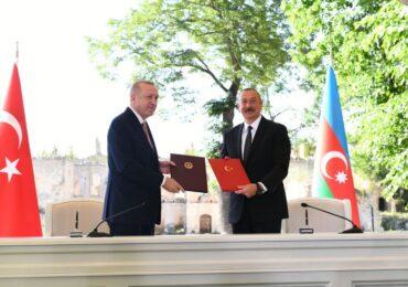 Tarixi an: Azərbaycan-Türkiyə Şuşa Bəyannaməsi imzalayıb - YENİLƏNİB